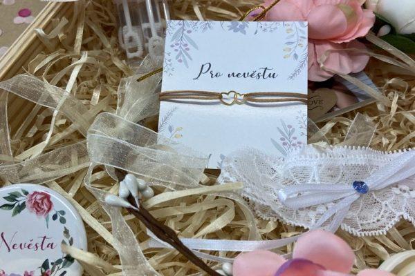 květinový wedding box